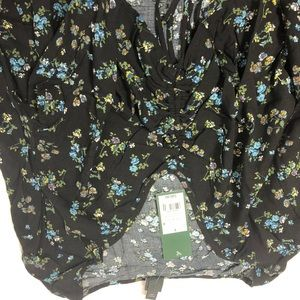 NWT Wild Fable top  SZ L